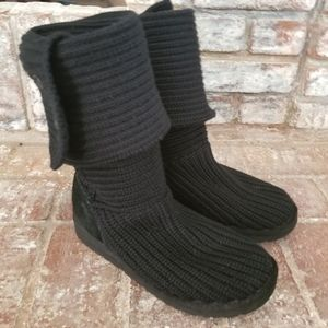 UGG Women's Classic Button Knit Boots Size 8